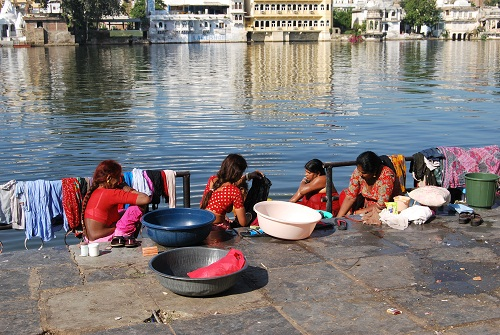 Pichola Lake and women