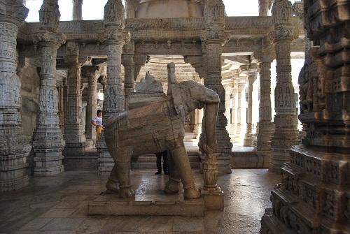 Kumbhariya Jain Temple - Main