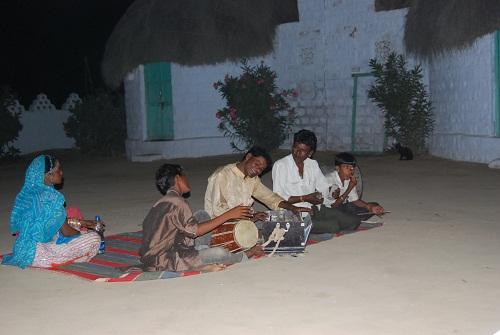 Musicisti al campo