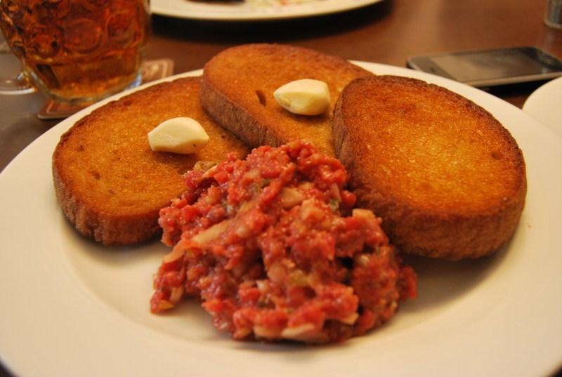 Tartare di carne da Lokal - Ristorante tradizionale praghese