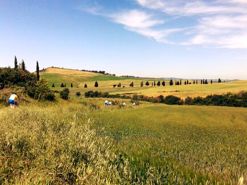 bikers val d'orcia