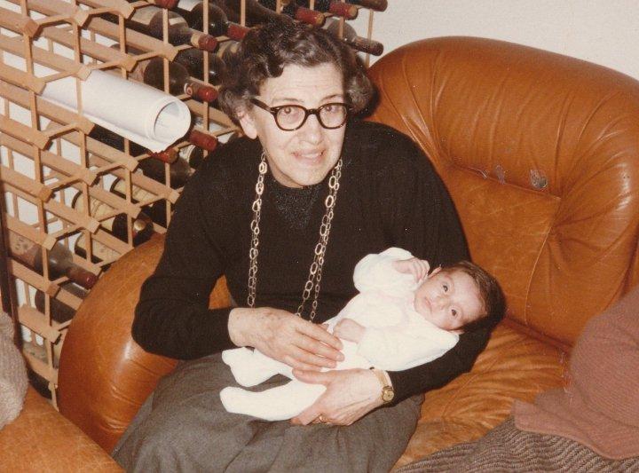 Nonna Giulia con una Mini-Me, Marzo 1985