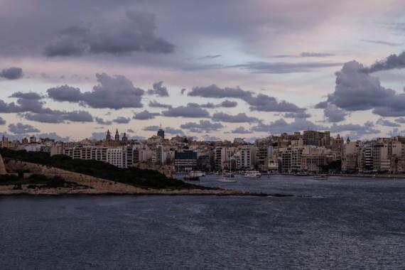 Veduta da La Valletta alba a Malta