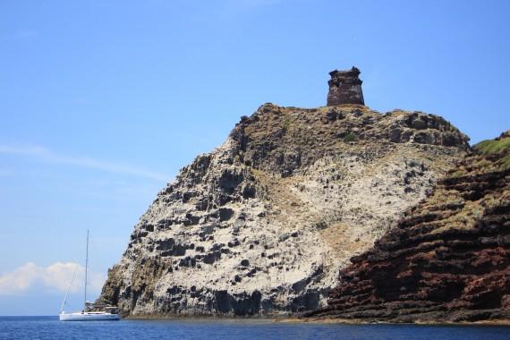 Cala Rossa e Torre Zenobito