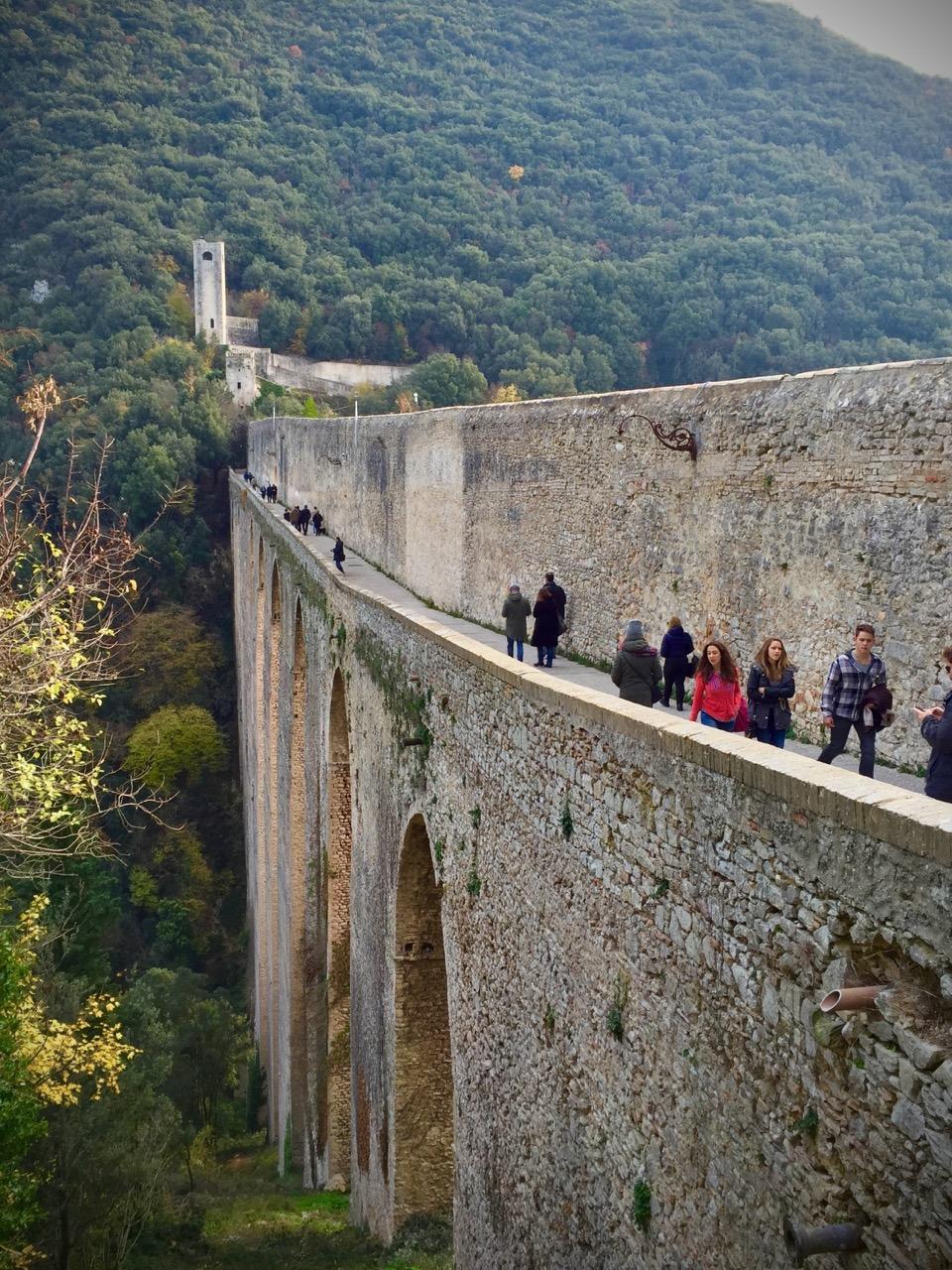 Cosa-Vedere-a-Spoleto-Ponte-Delle-Torri